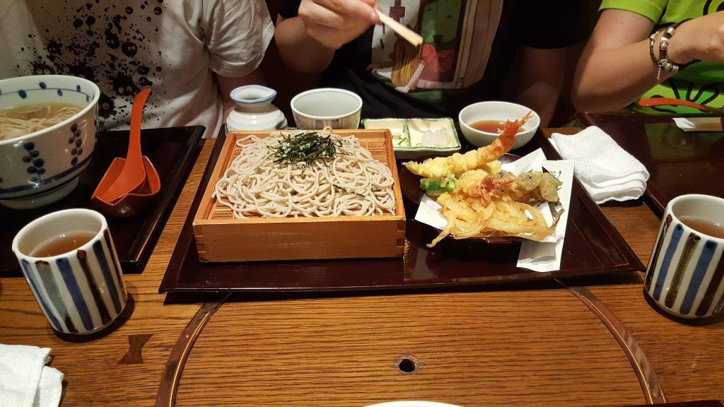 Udon froide et tempura. Un vrai délice