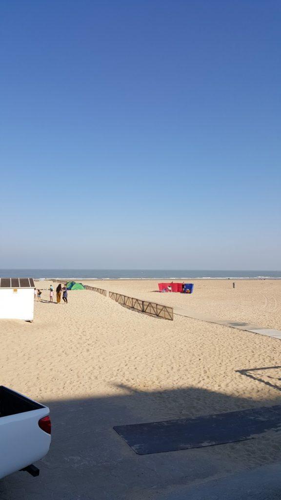 Le sable, le soleil, et la mer